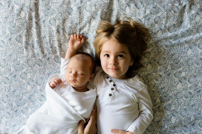 Urocze-rodzenstwo-brat-z-siostra