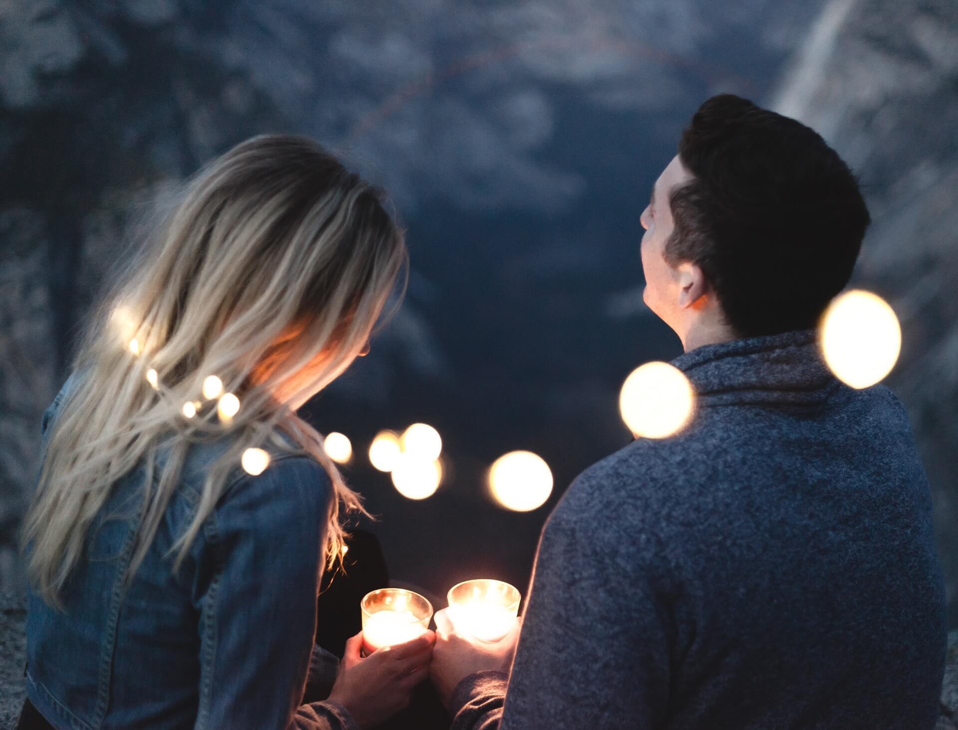 Para-zakochanych-z-lampkami